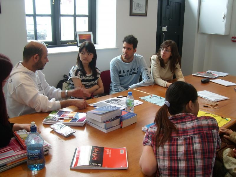 4 weeks of Evening English Course