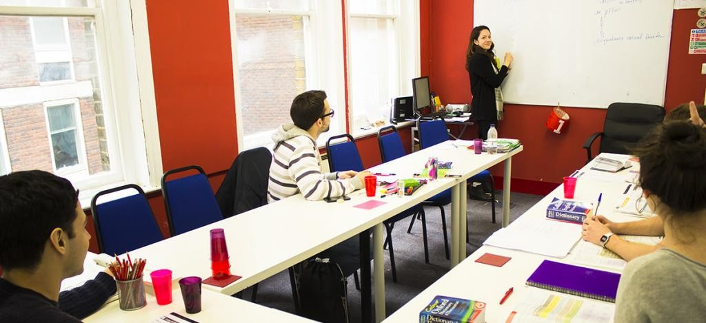 Intensive English Course (30 hours per week)